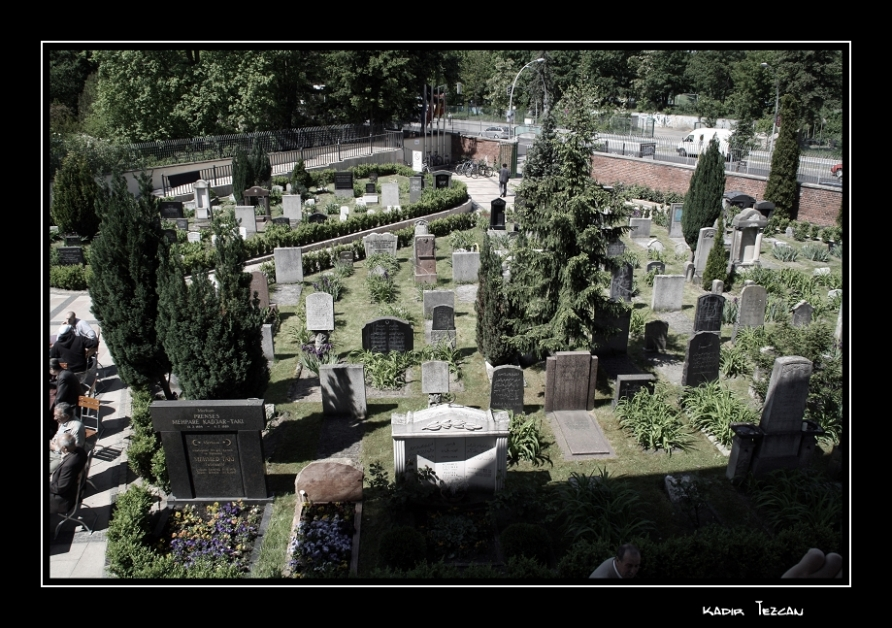 http://www.tezcan.eu/wp-content/gallery/sehitlik-moschee-berlin/k-img_1767-mit-rahmen.jpg
